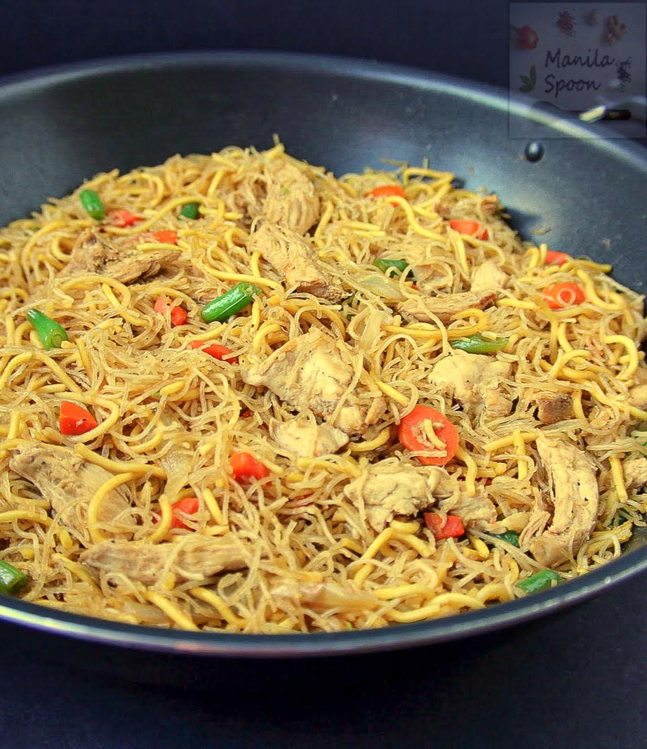 Pancit / Pansit (Philippine Noodle Dish)
