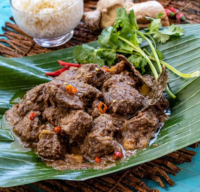 Easy Instant Pot Beef Rendang